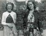 Carolyn (left), Lee