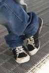 Jeans_och_gympaskor_år_2009_i_Täby_-_Nordiska_Museet_-_NMA.0057096