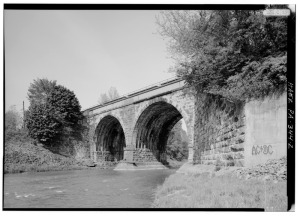 Bridge spans Loyalhanna Creek in Latrobe, PA